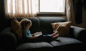 Vaikas ir knyga / Josh Applegate nuotr.