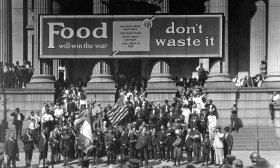 Maistas laimės karą. Negalima jo švaistyti - ragino reklaminės antraštės. Naujasis Orleanas, 1918 m. Spalio 2 d.