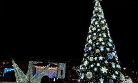 Šiauliai gyvena Kalėdų nuotaikomis: šviečiantis miestas grąžina į vaikystę
