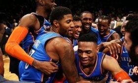 """NBA naktis: herojiški George\'o ir Jameso žygdarbiai bei """"Warriors"""" dominavimas prieš """"Cavaliers"""""""