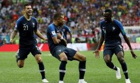 Įvarčių lietumi paženklintą finalą laimėjo kroatus pravirkdžiusi Prancūzijos rinktinė