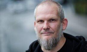 Romas Sadauskas-Kvietkevičius. Elitas iš feisbuko išėjo protestuoti į aikštes