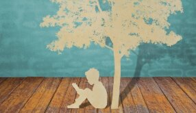 Pavasario šaukliai – su knyga pas vaikus