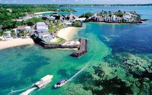Mauricijus – žalumoje skendinti sala