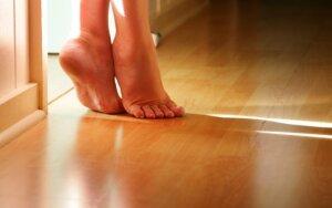 Laminuota grindų danga: privalumai ir trūkumai