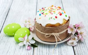 Etnologas L. Klimka: Velykų pyragas – pagrindinis šventinio stalo akcentas. 3 receptai