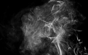 Mokslininko verdiktas: tretinis rūkymas – nematomas ir neužuodžiamas, bet pavojingas