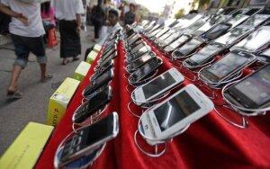 Gatvės prekyba išmaniaisiais telefonais
