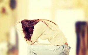 20 natūralių skausmo mažinimo būdų, kurie pakeis vaistus