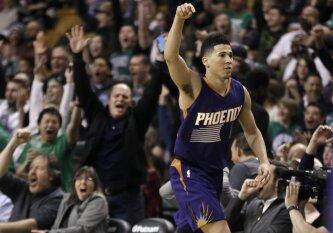"""Beprotiška NBA naktis: """"Suns"""" gynėjas D. Bookeris pralaimėtame mače pelnė 70 taškų!"""