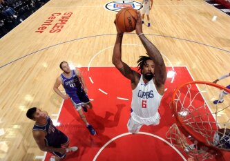 """Serbiškais akcentais išsiskyrusioje dvikovoje """"Clippers"""" palaužė """"Kings"""" pasipriešinimą"""