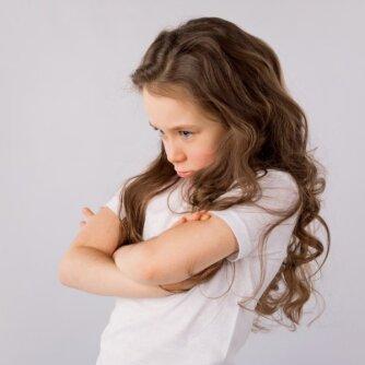 Kaip turėtume reaguoti į nevaldomą vaikų pyktį?