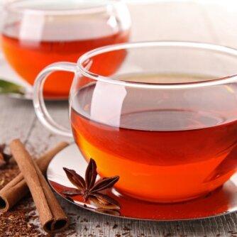 Lieknėti padės arbata su cinamonu ir lauro lapais