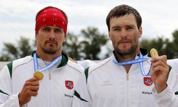Neapsisprendžia: sportininkams svarbiau olimpiniai medaliai ar pinigai?
