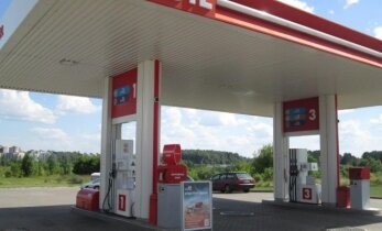 Lithuanian president vetoes cuts to anti-trust fines, saying they benefit Russia's Lukoil