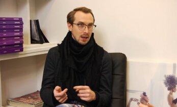Stilistas Kęstas Rimdžius iškritikavo tuos, kurie ant raudono kilimo ateina su megztiniais