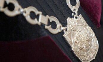 Etikos sargų apsvarstyti teisėjai keičia požiūrį į darbą