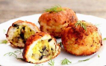 Nuostabūs vištienos kukuliai, įdaryti sūriu ir pievagrybiais