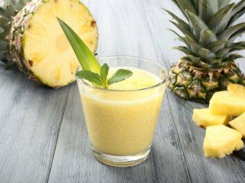 Avokadų ir ananasų kokteilis