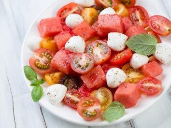 Pomidorų ir arbūzų salotos