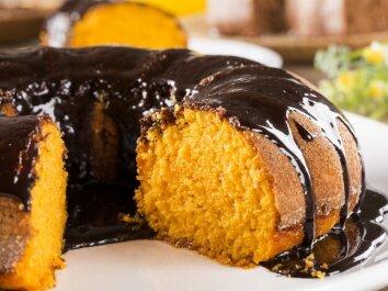 Braziliškas morkų pyragas