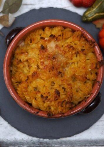 Makaronų ir sūrio apkepas, kuriam sunku atsispirti