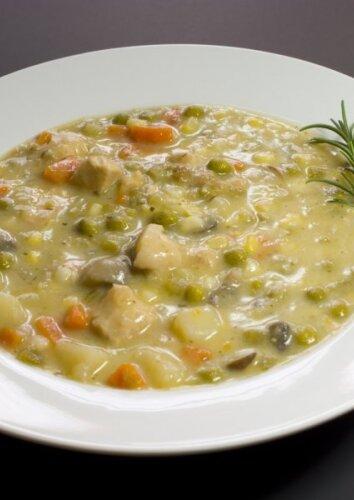 Kreminė vištienos ir daržovių sriuba