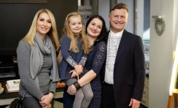 Daina, Magdalena, Indrė ir Antanas Bosai