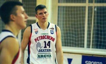 Jonavos Petrochemos-Dexteros klubo žaidėjas Tomas Milinskas.