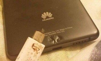 Nusidegino Huawei telefonu