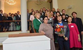M. Lukšienės premijos laureatu tapo fizikos mokytojas A.Kalinauskas