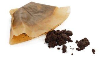 9 netikėti kavos tirščių panaudojimo būdai buityje