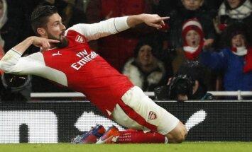 """Londono """"Arsenal"""" puolėjas Olivieras Giroud"""