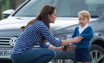Kate Middleton gamtoje su mažuoju princu.