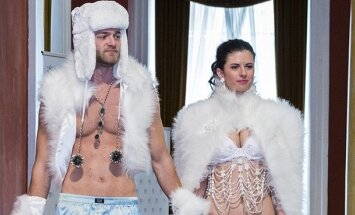 Showing some fine Czech jewelry and fashion in Vilnius  Photo © Ludo Segers @ The Lithuania Tribune