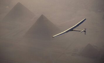 Solar Impulse 2 lėktuvas