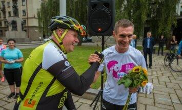 Eismo dalyvių lenktynes Kaune laimėjo dviratininkas