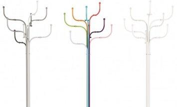 Apsiaustų medis: kabykla, kuri gali išlaikyti net 48 paltus