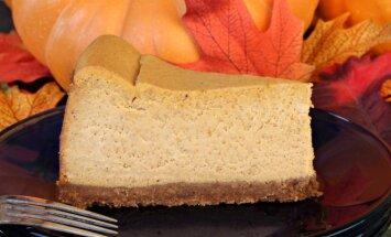 Tobulai skanus moliūgų ir sūrio pyragas