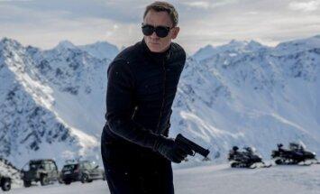 Jamesas Bondas (akt.Danielis Craigas) filme 007 spectre