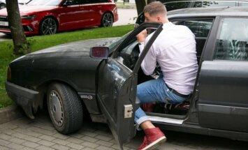 Jonas Valančiūnas atvyko Audi 80 automobiliu