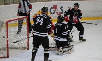 """Hockey Punks"" ledo ritulininkai"
