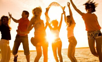 Festivalis, jaunimas, linksmybės, šokiai, paplūdimys