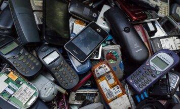 Seni mobilieji telefonai