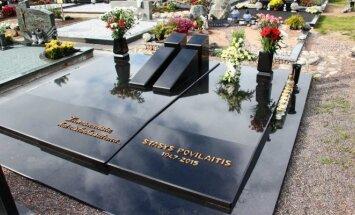 S. Povilaičio kapas