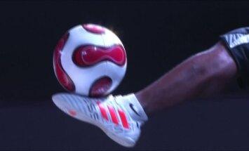 Afrikos futbolininkai pademonstravo, ką galima išdarinėti kamuoliu