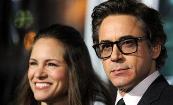 Robertas Downey jaunesnysis su žmona Susan Downey