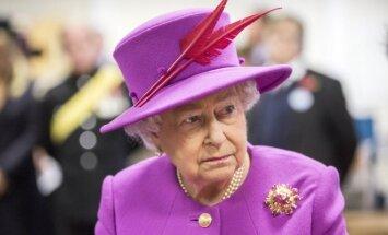 Karalienės Elžbietos II galios, neįprasti turtai ir keistos privilegijos