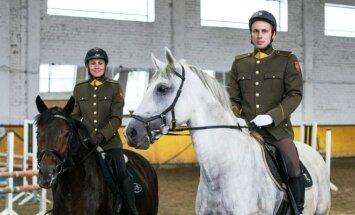 Laura Asadauskaitė-Zadneprovskienė ir Justinas Kinderis (Lietuvos kariuomenės archyvo nuotr.)