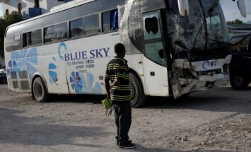 Haityje į minią įsirėžęs autobusas